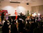 川之江図書館でのクリスマス会