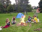 Lagerfeuer mit Bratwurstgrillen Ferienwohnung Haus Murachtal