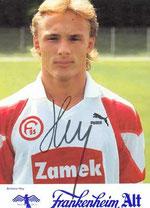 Antoine Hey im Trikot von Fortuna Düsseldorf