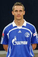 Peter Lovenkrands im Trikot von Schalke 04