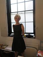 デザイナーのMichelle Anslow。1966年10月4日、バーミンガム生まれ。舞台の衣装デザイナーを経てSUSY HARPERを設立。