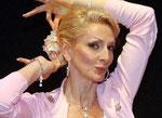 Entertainerin Desirée Nick spricht sich für Ethikunterricht aus. - Foto: dpa