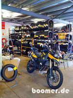 Schuh-Paradies für Mopeds