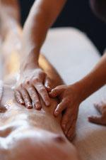Abhyanga: ayurvedische Ganzkörper-Öl-Massage