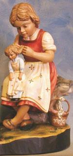 Bild Holzfigur Mädchen Nr. 268 handgeschnitzt