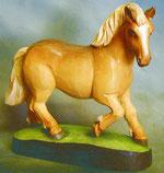Bild Holzfigur Pferd trabend Nr. 448 handgeschnitzt