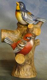 Bild Holzfigur Vogel auf Stamm Nr. 443 handgeschnitzt