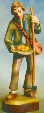 Bild Holzfigur Hirte mit Stab und Obst Nr. 926 handgeschnitzt