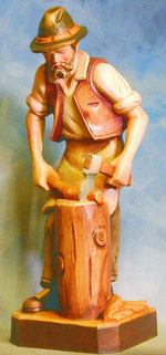Bild Holzfigur Holzhacker handgeschnitzt