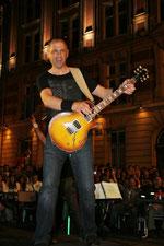 Jean Luc guitare, sur Gibson et Vox