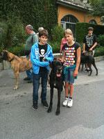 Buddy mit Manuel und Noemi