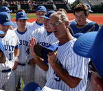 Il coach Joey Latino di Jesuit HS