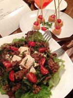 お豆腐のサラダ、テンぺのピンチョス