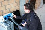 Het kanalensysteem wordt getest op lekken vooraleer de ventilatiegroep wordt aangesloten.
