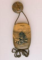 Inro del S.XIX que narra la historia de Kanshin. Excelente trabajo de Takamakie.