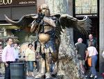 Живые статуи в Барселоне. Пешеходные экскурсии в Барселоне