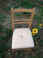 Stuhl. Skulptur von Julia Schrader