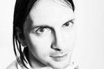 Steffen Knauss - Bass