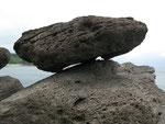 のっかる石