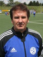 Trainer Ralf van Niersen