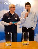 Frank Elsche (VES) mit Moderator Michael Kahnert (links)