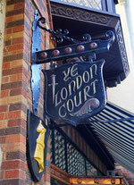 London Court Perth Australien