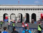Vienna City Marathon - Ziel am Heldenplatz