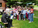 Die Kindergottesdienstkinder zu Gast beim Erdbeerfest