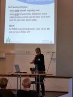 Dr. Susanne Hirsmüller vom Hospiz am EVK Düsseldorf informiert über das Thema Patientenverfügung