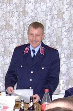 Wehrleiter Mario Freyer verliest den Rechenschaftsbericht der Giesenslager Feuerwehr.