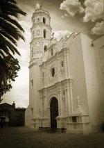 Templo dedicado a San Miguel.