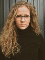 Frau mit Brille aus Stadt-Kollektion