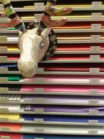 Spiel- und Schreibwaren Spreng Bastelmaterial, Basteln Malen Deco Patch Serviettentechnik Windowcolor Schere Papierschere Papier Papeterie PBS Papier Büro Schreibwaren Perlen Nylon Kleber Acryl Wasserfarben Pinsel Tonpapier Fotokarton Transparentpapier