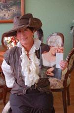 Die Autorin Bettina Szrama schreibt historische Romane.