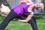 Janet Rae Humphrey wurde noch mit 58 und vielen Vorerkrankungen Yogalehrerin