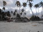 Farid erklärt die Zanzibar-Türen