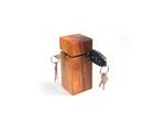 Schlüsselhalter aus Nussbaum