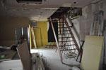 7月1日。新しい2階スタジオに続く階段。
