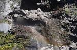 Wasserfall vom Gletscherwasser des Vulkans Villarica