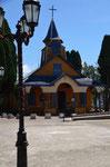 noch eine der 150 Holzkirchen von Chiloe
