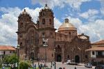 Kathedrale an der Plaza de Armas