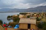 Blick von oben. Bis zu 5 Familien leben auf einer Insel