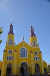 Chiloe: Die knallgelbe Kathedrale in Castro