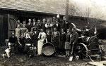 Maschindreschen in Neukirchen in den Dreißigerjahren