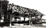 """Die """"Göplhütte"""" im Stehrerhof wird errichtet."""