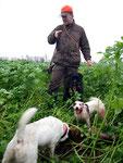 Den zweiten haben wir dann mit den Hunden im Senf gefunden! (Jule u. Fox Sam am Fuchs)