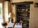 le coin bibliothèque séjour