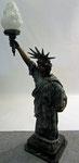 Freiheits Statue aus Bronze auf Marmorsockel -. Yin Yang Asiatika - Klaus Dellefant