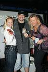Missy May, Martin Brischar (Sänger der Band und..?) und Angelika Hager.