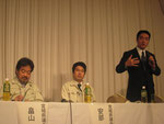 高知県の南海地震対策について説明する尾崎高知県知事